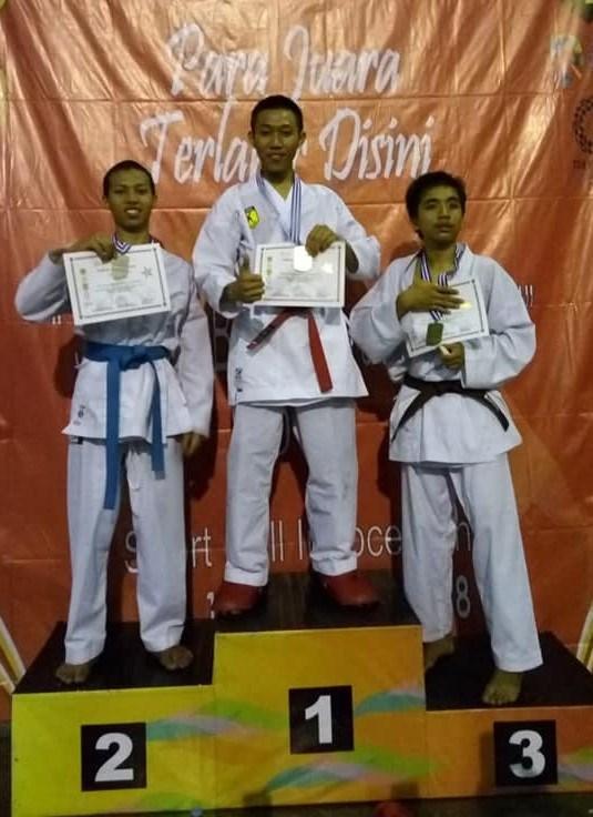 Siswa SMA Al-Qur'an Wahdah Islamiyah Bogor Raih Juara Karate Se-Kabupaten Bogor