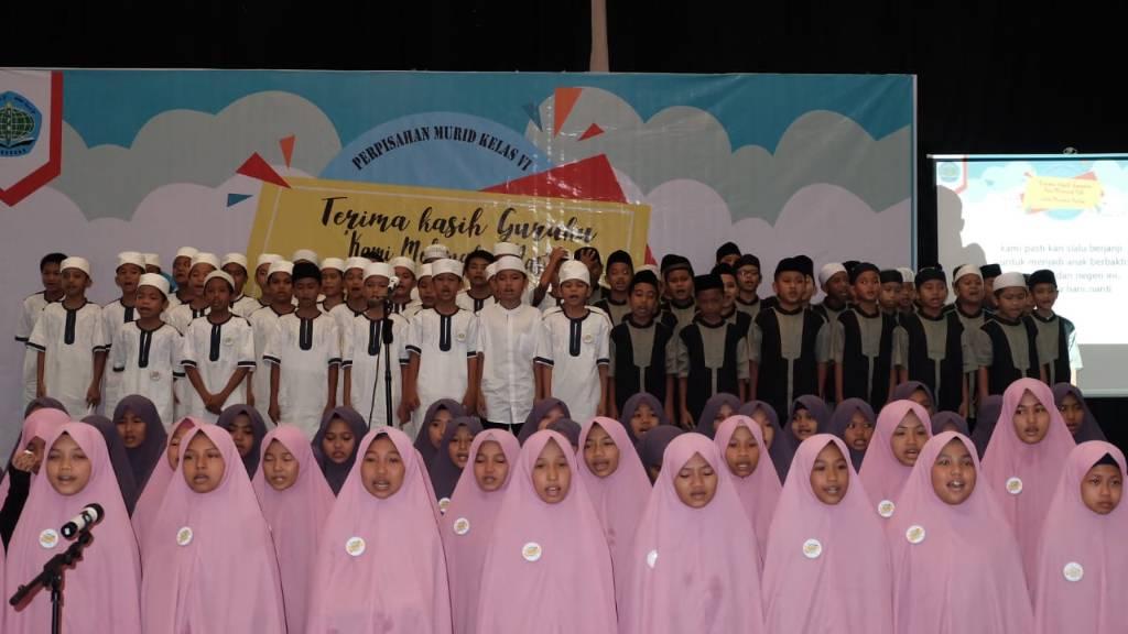 Ada Peluncuran Ontologi Puisi Murid dan Jadi Kado Spesial pada Penamatan SDIT Wihdatul Ummah